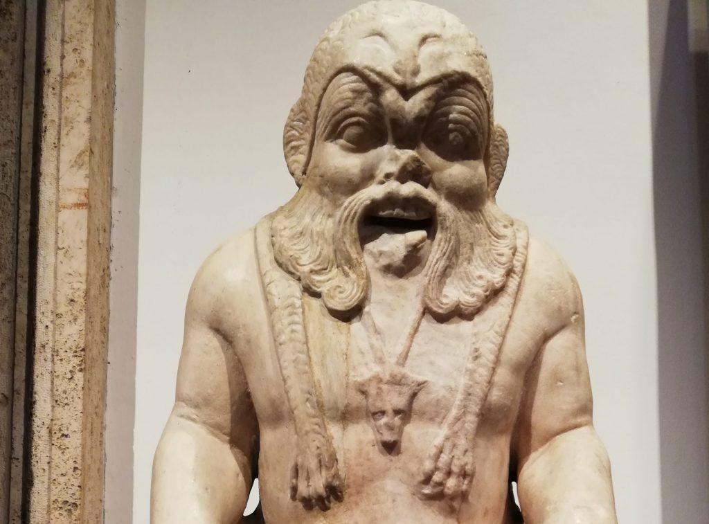 Bès dieu égyptien au musée Barracco