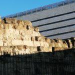 murs antiques près de la gare