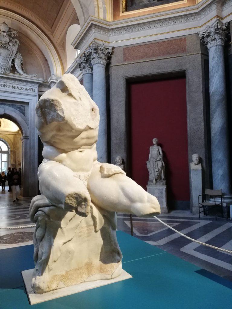 Visite des statues aux musées du Vatican