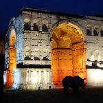 arc de Gianus illuminé